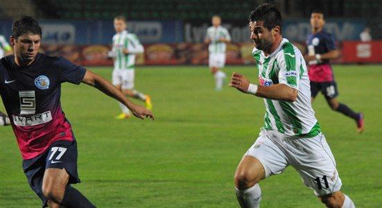 Младен Бартулович (справа). Фото Маркияна Лысейко, Football.ua