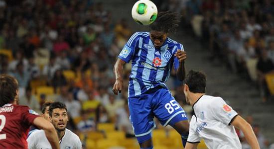 Мбокани чувствует себя на высоте, фото Ильи Хохлова, Football.ua