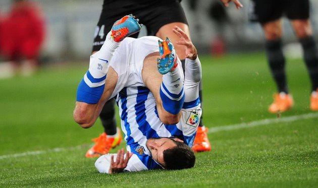 Агиррече, как ни крутился, забить не сумел, фото diariovasco.com