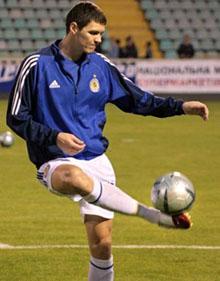 Тарас уже тренируется, www.fcdynamo.kiev.ua