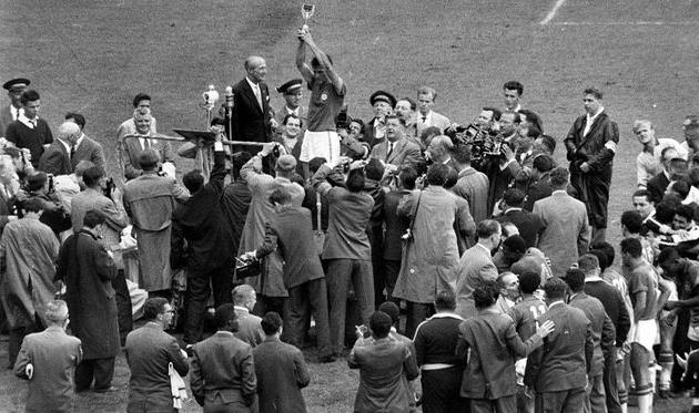 Скончался капитан сборной бразилии 1958