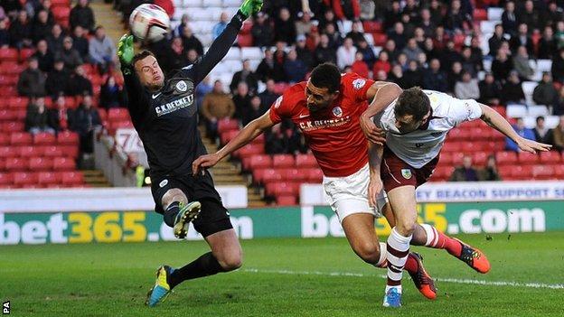 За Бернли Барнсли забивает Барнс, фото bbc.com