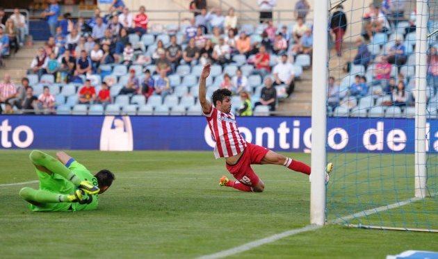 Коста забивает гол в ворота Хетафе, Getty Images