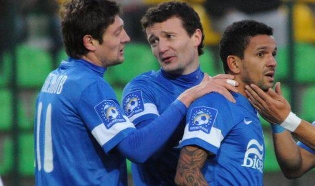 Матеус (крайний справа), фото Football.ua