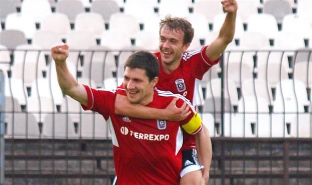 Второй тур подряд Горняк-Спорт забивает соперникам пять безответных мячей, фото fcgornyak.dp.ua
