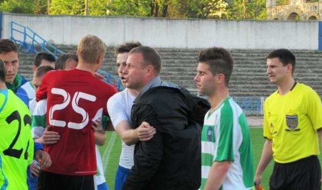 В Херсоне эмоции бурлили, фото fckristal.at.ua