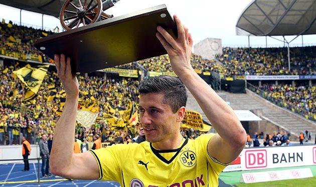 В следующем сезоне Левандовски будет забивать за Баварию, Getty Images