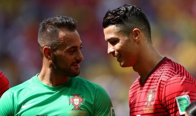 Бету с Роналду обсуждают предстоящий Суперкубок УЕФА, фото getty images
