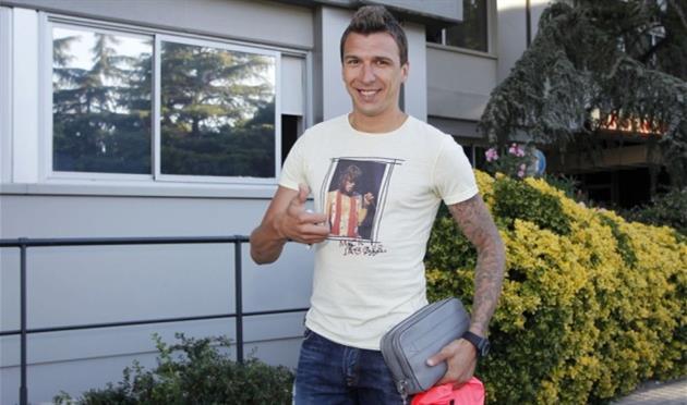 Манджукич прибыл в Мадрид, AS