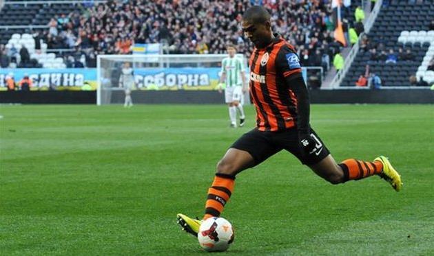 Дуглас Коста, фото М.Масловского, Football.ua