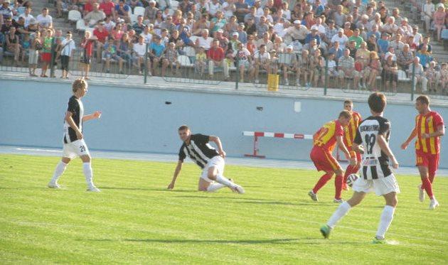 Обновленный кировоградский стадион собрал самую большую зрительскую аудиторию тура