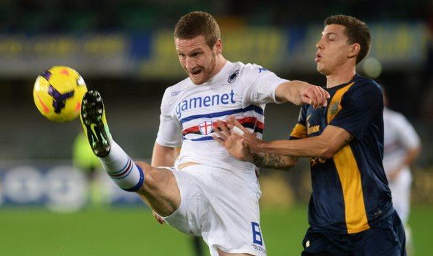 Мустафи в матче против Вероны, фото as.com