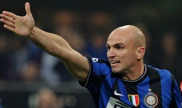 Эстебан Камбиассо, фото uefa.com
