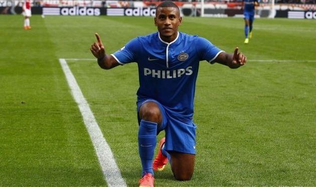 Нарсинг поставил Амстердам на колени, fcupdate.nl