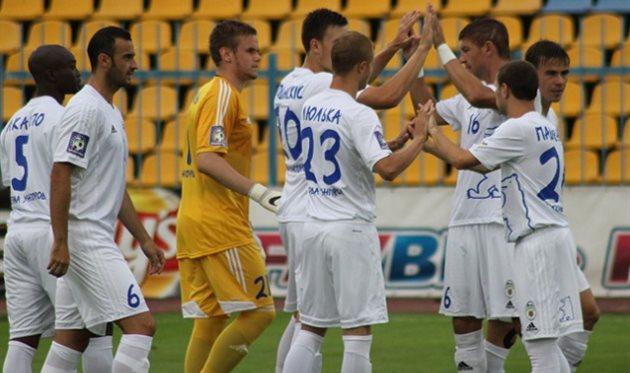Говерла все еще не знает побед, фото fcgoverla.uz.ua