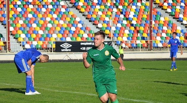 Кому грозит Гудыма, забивая сумчанам на тернопольском стадионе? Фото fcnyva.com