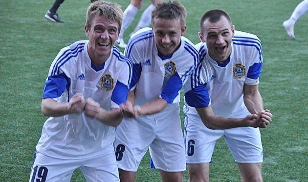 Кого качают Степанчук, Тынынык и Булычев? Фото fckremen.com