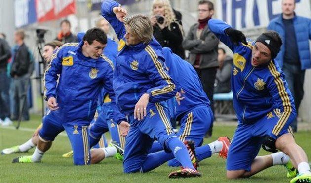 Анатолий Тимощук (в центре), фото Football.ua