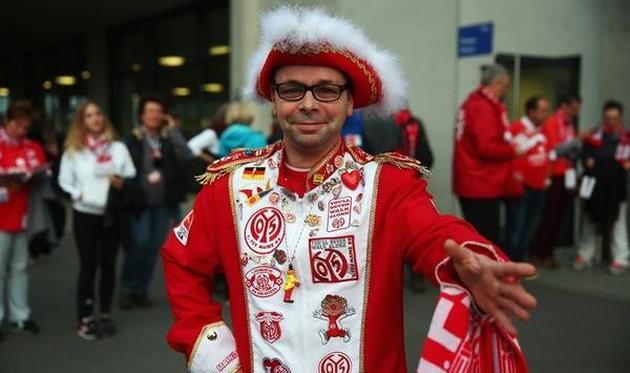 Этот парень как минимум заслуживал на гол, фото bundesliga.com