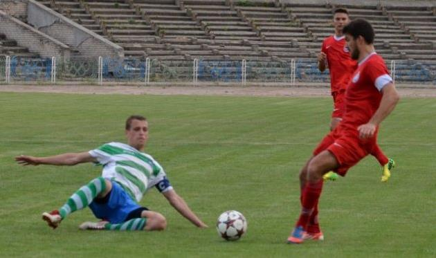 Овидиопольцы и херсонцы сыграют в главном матче для верхней половины таблицы, фото fckristal.com