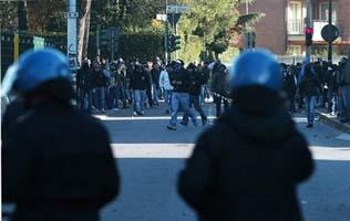 На улицах Бергамо идет война! АР