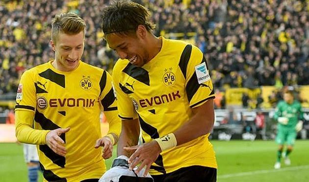 Марко Ройс (слева), bundesliga.de