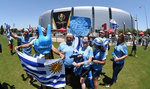 Перед матчем Кубка Америки организаторы перепутали гимн Уругвая сгимном Чили