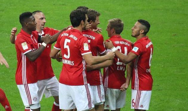 «Бавария» сокрушила «Вердер» впервом туре Бундеслиги