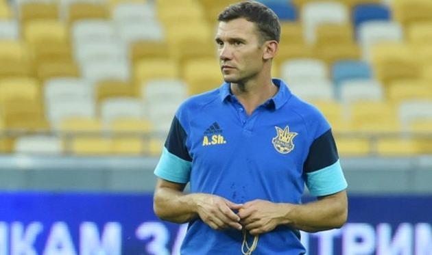 Расположение сборной Украины перед матчем сИсландией покинули 5 игроков