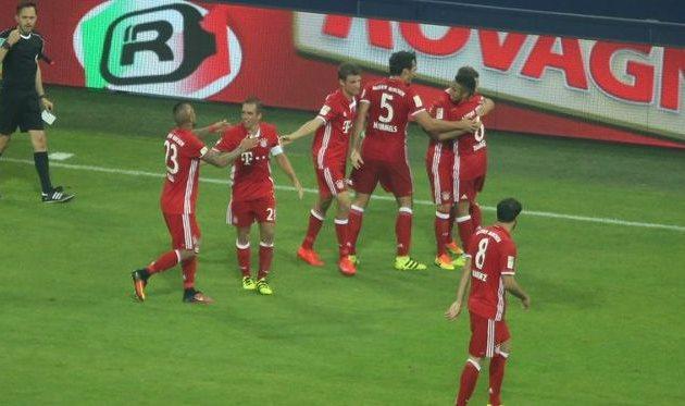 «Бавария» одолела «Шальке» вовтором туре Бундеслиги