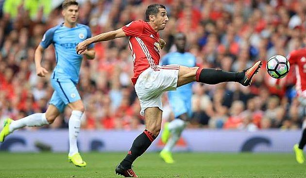 «Манчестер Юнайтед» впервый раз вистории проиграл 4 подряд гостевых матча веврокубках