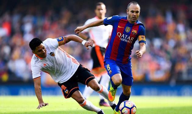 «Барселона» одолела «Валенсию» благодаря пенальти на94-й минуте
