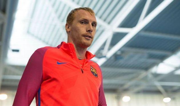 Матье получил травму вматче заСуперкубок Каталонии ипропустит три недели