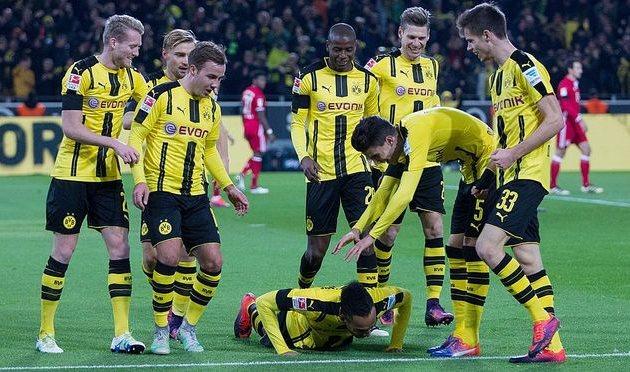 «Бавария» уступила вДортмунде, «Лейпциг»— сенсационный лидер