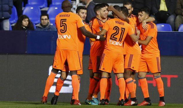 Валенсия побеждает в Леганесе, победа Эйбара и Бетиса