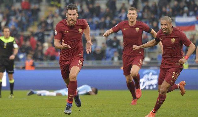 Рома побеждает в римском дерби