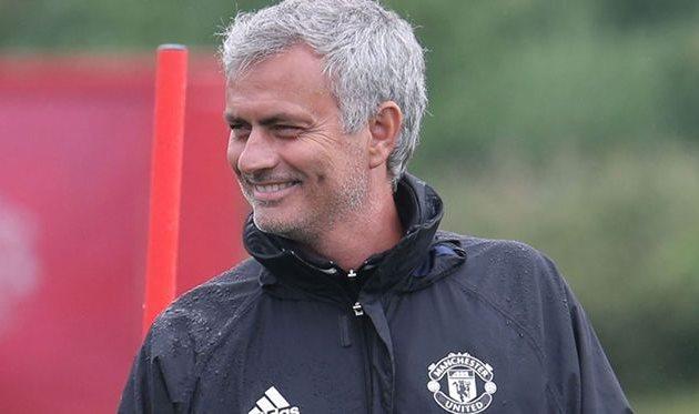 """Жозе Моуринью: «Болельщики """"Манчестер Юнайтед"""" заставили меня влюбиться вклуб»"""