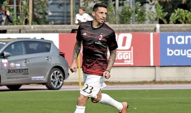 Хосе Соса непланирует покидать Милан