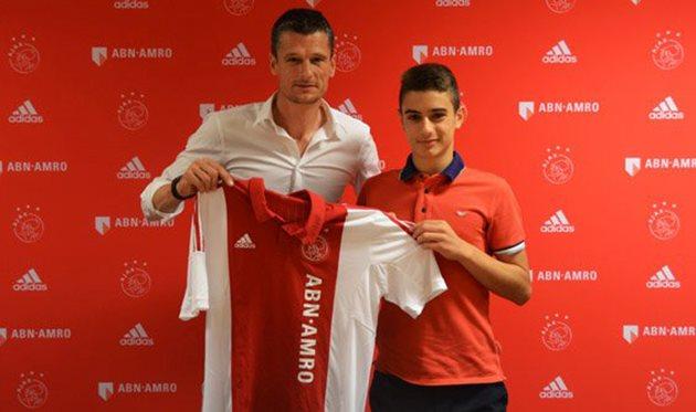Монако подписывает таланта Аякса