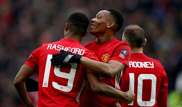 Руни забил 249-й гол за«Манчестер Юнайтед» идогнал Бобби Чарльтона