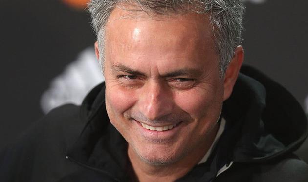 «Манчестер Юнайтед» вышел вфинал Кубка британской лиги, уступив «Халлу»