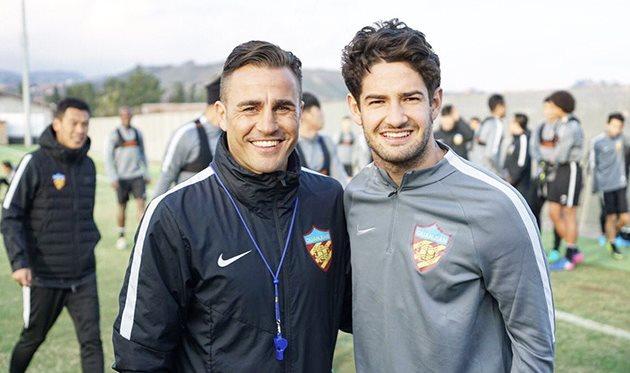 Экс-форвард «Милана» продолжит карьеру в КНР