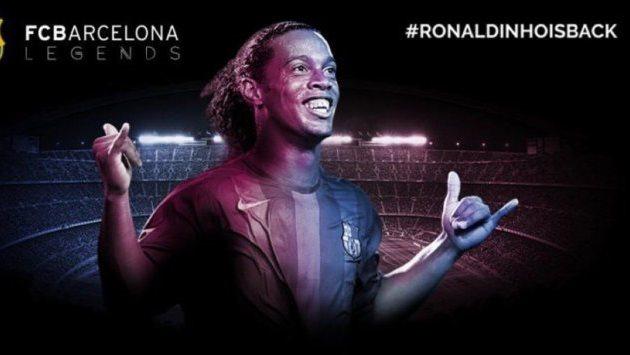 Прежний нападающий «Барселоны» Роналдиньо стал официальным послом футбольного клуба