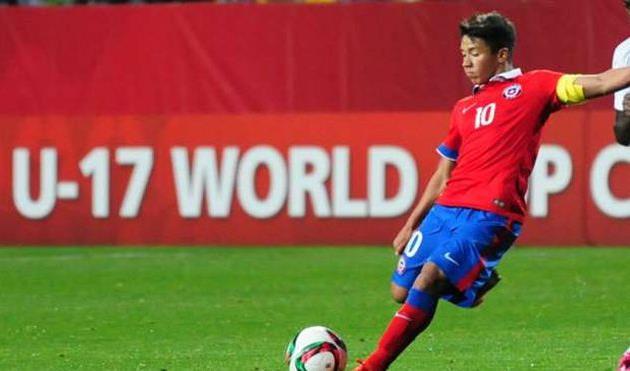 Шахтер подпишет 17-летнего чилийца Альенде