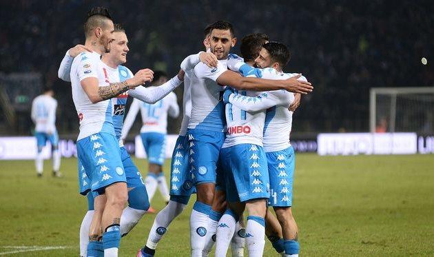 «Наполи» забил семь голов вворота «Болоньи»