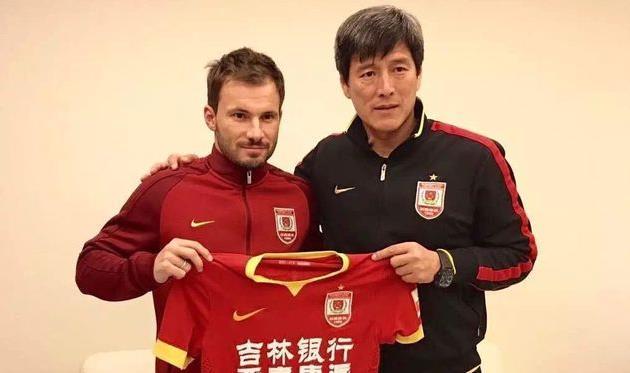 Экс-хавбек «Зенита» Хусти стал игроком китайского «Чанчунь Ятай»