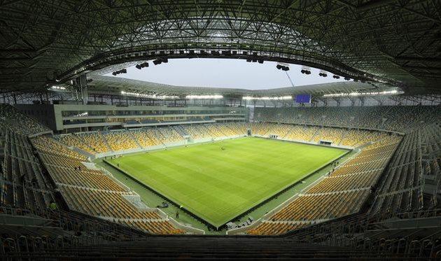 Олимпик проведет три матча на Арене Львов