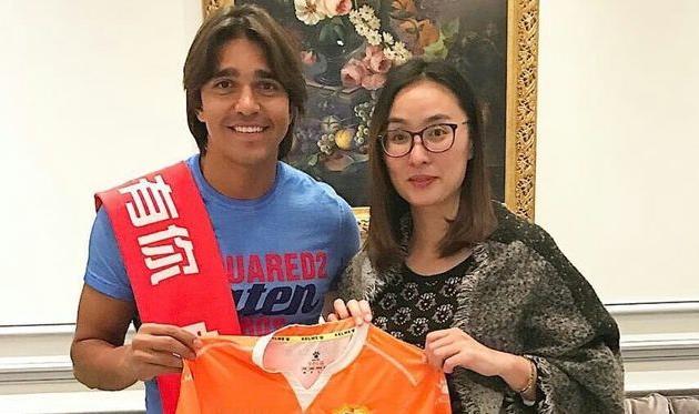 Экс-форвард «Шахтёра» Морено перешёл вклуб 2-го  китайского дивизиона