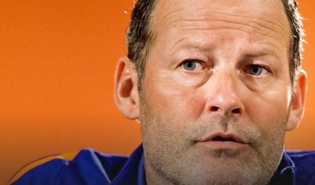 Данни Блинд уволен сдолжности основного тренера сборной Нидерландов