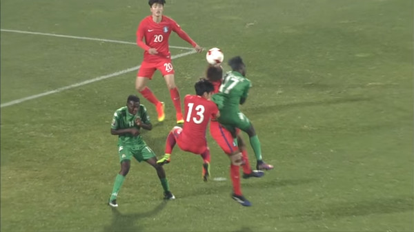 Корейский игрок потерял сознание от удара